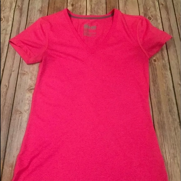 Nike Tops - NIKE  dry fit T-shirt size extra small